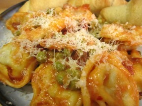 Tortellini with Peas and Pancetta https://onegirlstasteonlife.wordpress.com/2010/12/01/tortellini-with-peas-and-pancetta/