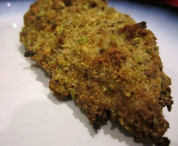 Pistachio Chicken https://onegirlstasteonlife.wordpress.com/2011/07/27/pistachio-chicken/