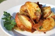 Warm Potato Salad https://onegirlstasteonlife.wordpress.com/2012/06/27/blog-love-warm-potato-salad/