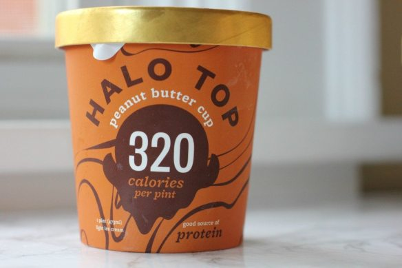 peanut-butter-cup-halo-top-1024x683.jpg